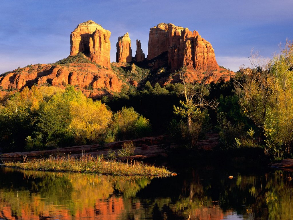 Sedona A Famous Tourist Spot In Arizona Travel Featured