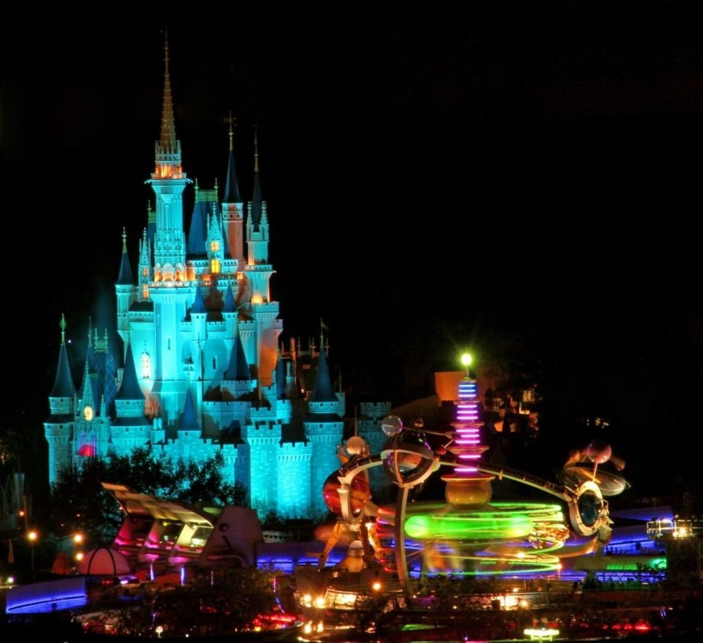 magic kingdom a theme park in bay lake florida travel featured. Black Bedroom Furniture Sets. Home Design Ideas