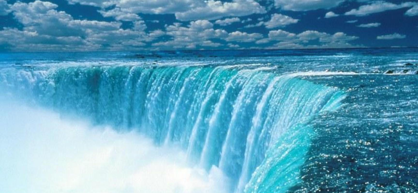 Niagara Falls Beautiful Waterfall In New York, Canada ...