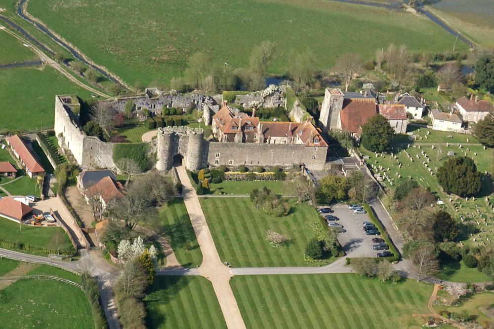 Queen's Castle In England Amberley Castle...