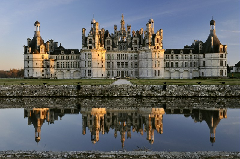 Chateau de chambord france travel featured for Chambre chateau